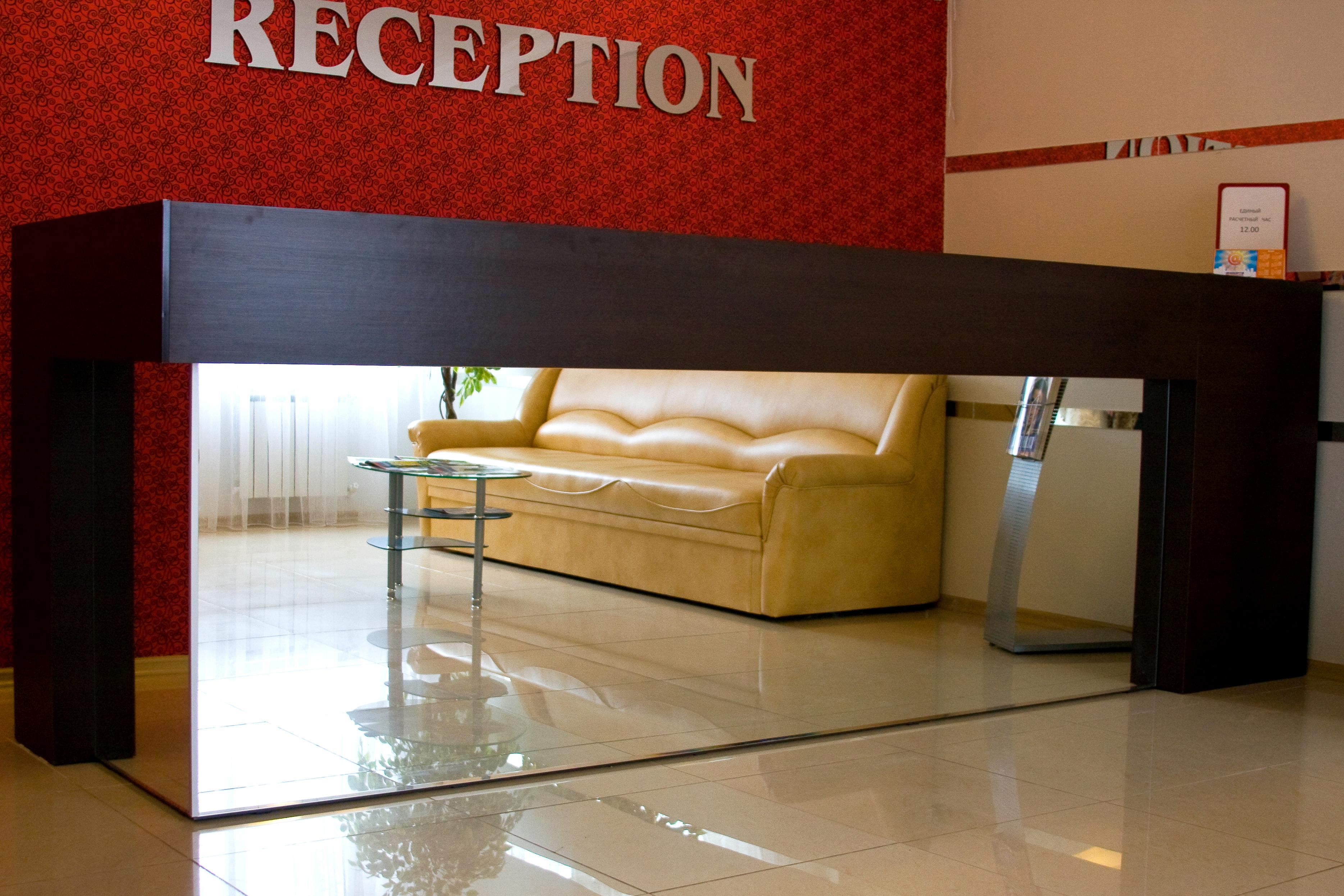 Стойка-ресепшн, мебель на заказ