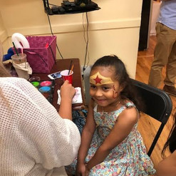 Queens Face Painting