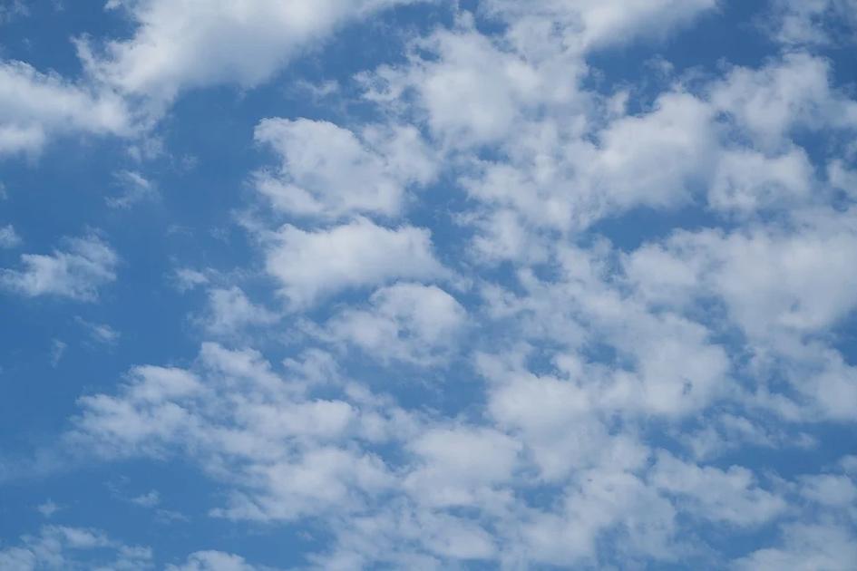 cloud-4271714_960_720.jpg