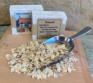 Oatmeal with oats and label 2.jpg