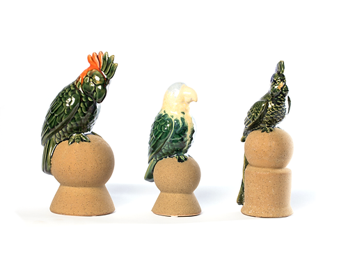 Papagaios de cerâmica