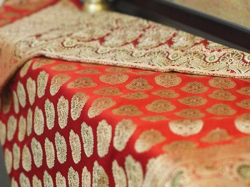 Top-Traditional-Sarees-Banarasi-Saree-2-