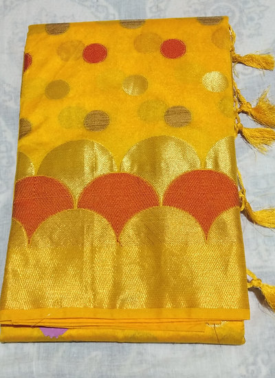 HANDLOOM SAREE YELLOW RASGULLA PRINT WITH BLOUSE PIECE