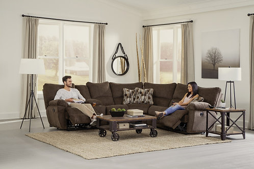 2250 MOTION SECTIONAL 3 RECLINERS, 1 CONSOLE - CHOCOLATE
