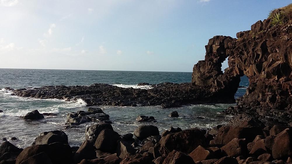 Die Felsdurchbrüche sind beeindruchend; die Gegend eignet sich gut zum Herumwandern und Entdecken