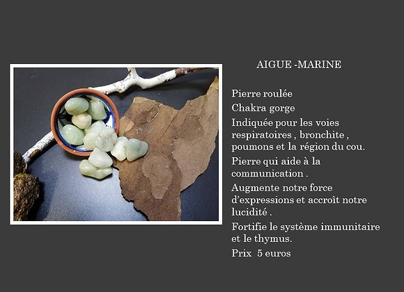 Aigue marine pierre roulée