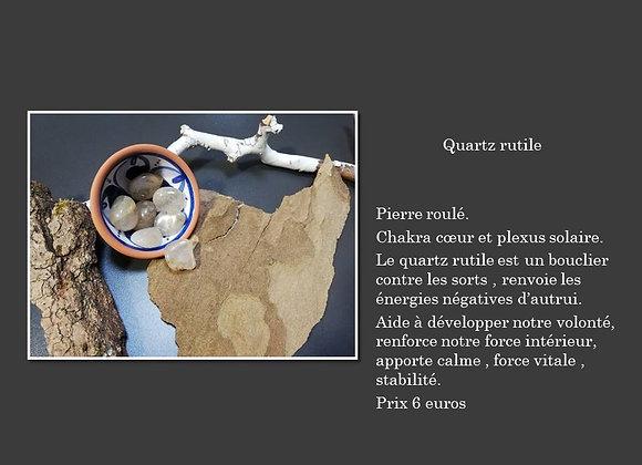 pierre roulé quartz rutile