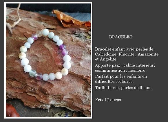 Bracelet Calcédoine , fluorite , amazonite et angélite