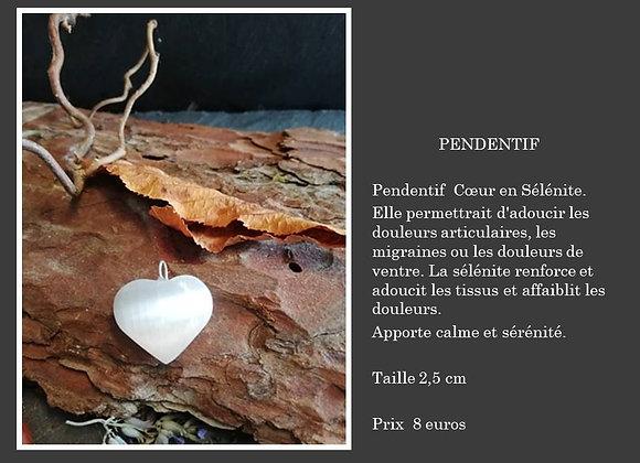 Pendentif coeur en Sélénite