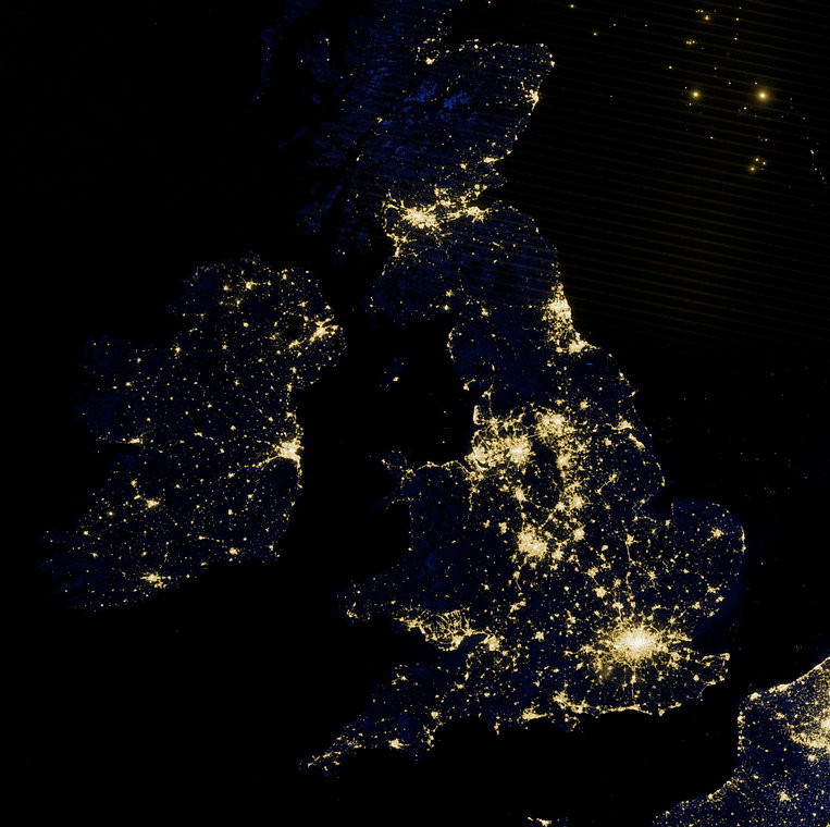 British_Isles_at_night_by_VIIRS_(cropped
