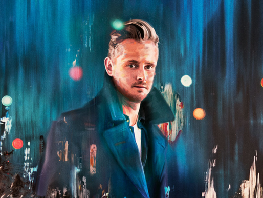 "Premiere: Watch Tom Chaplin Sing The Pretenders' Holiday Classic, ""2000 Miles."""