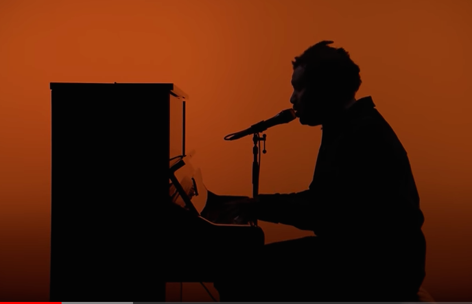 Sampha performs on The Tonight Show in 2017.