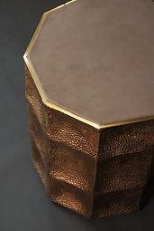 Laura Demichelis Tabouret bronze et cuir