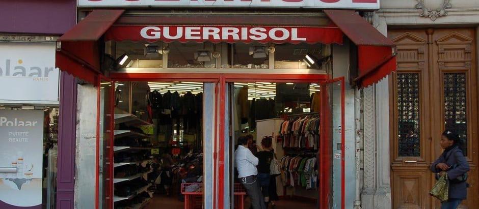 Friperies à Paris: achetez des vêtements de façon responsable.