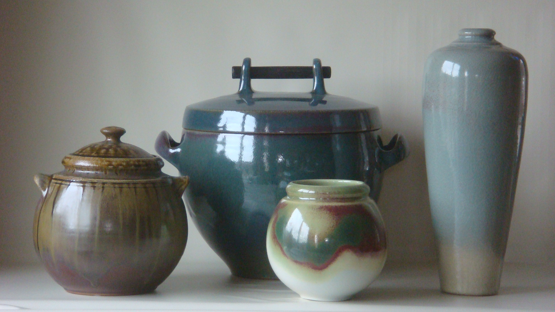 Switzerland; pots; other 049