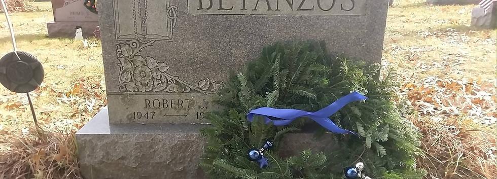 Wreath 9.jpg