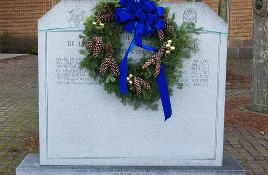 Wreath 2.jpg
