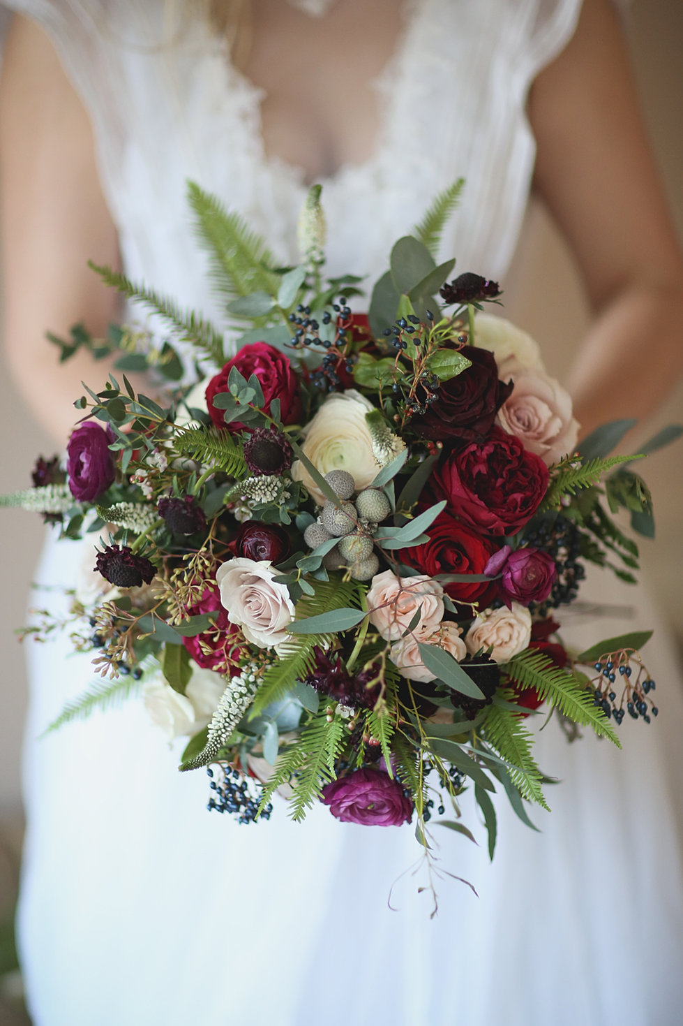 Wedding flowers by pumpkin and pye winter wedding flowers junglespirit Image collections