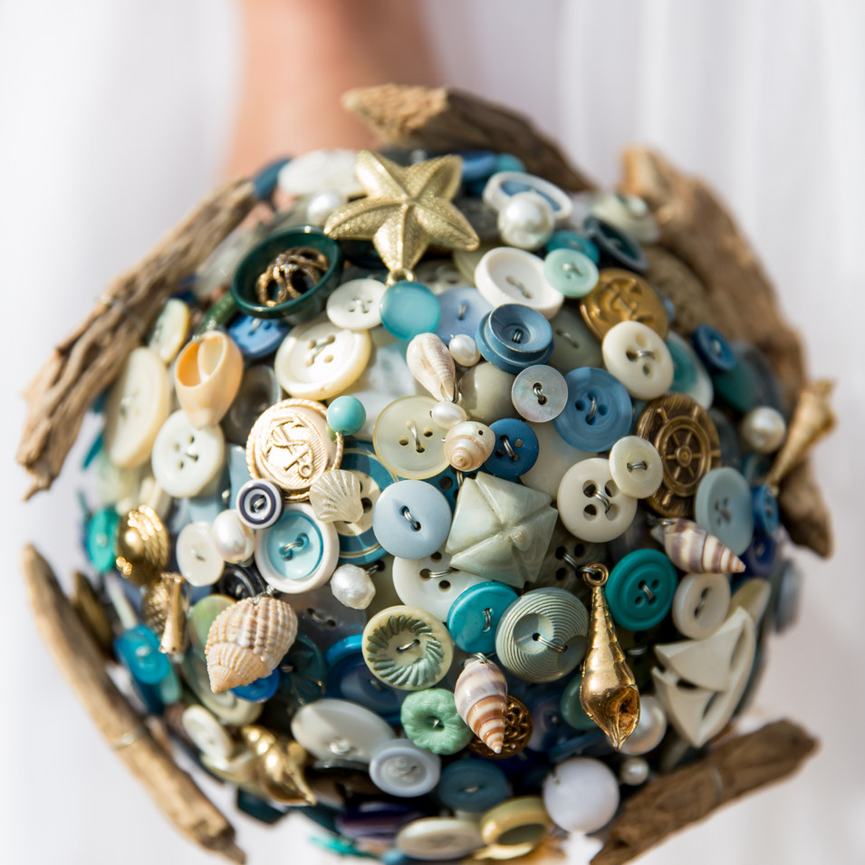 beach button bouquet