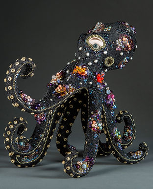 """""""Surreal Assemblage by Betsy Youngquist Combine Human Features with Beaded Animals"""",Colos"""
