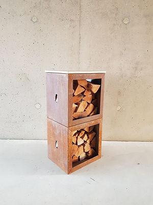 Woodchuck Box - houtopslag stapelbaar als sta-tafel in cortenstaal