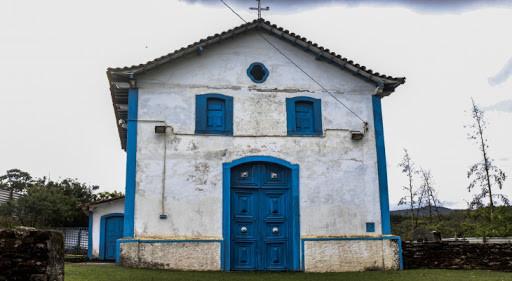 Capela que escapou da lama, em Bento Rodrigues, é tombada pelo Estado