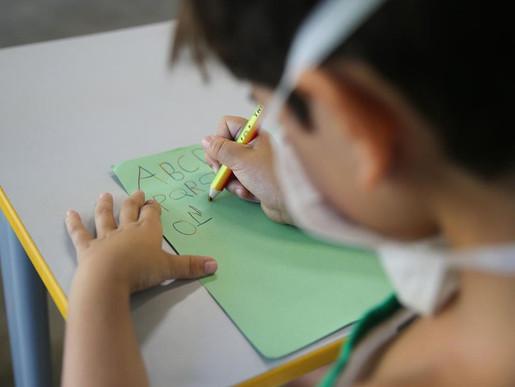 Aulas presenciais será obrigatório nas escolas de Minas a partir de novembro