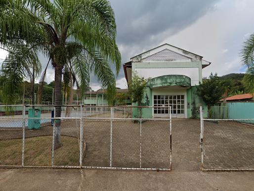 Vereadores de Mariana discutem sobre problemas estruturais nas escolas municipais