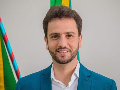 Após ser eleito como presidente da Câmara, Juliano Duarte assume prefeitura de Mariana