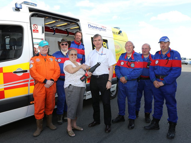 2016 Presentation of saw to the Donington rescue services