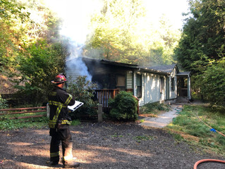 Poulsbo family of five displaced by home fire
