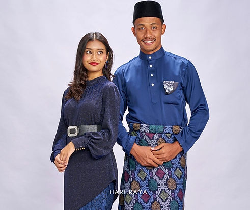 Wix Banner Navy couple 2.jpg