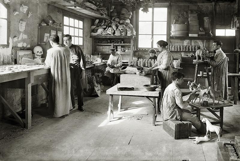Brangulí_-_1914_-_Fàbrica_de_joguines.jpg