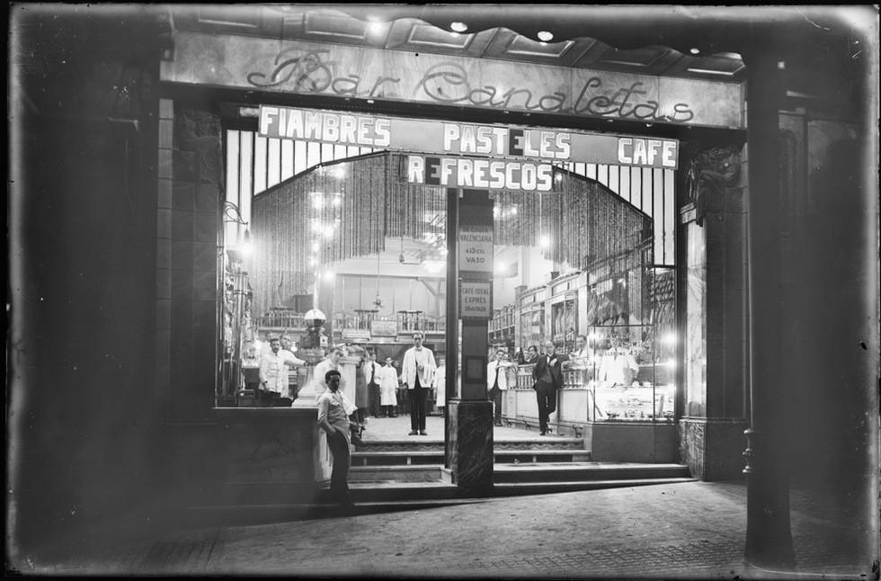 Brangulí_-_1920-25_-_Bar_Canaletes.jpg
