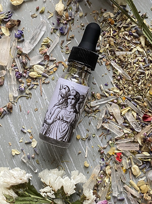 Hecate Oil- Assistance in Matters of Protection, Lunar Power, Crossroads