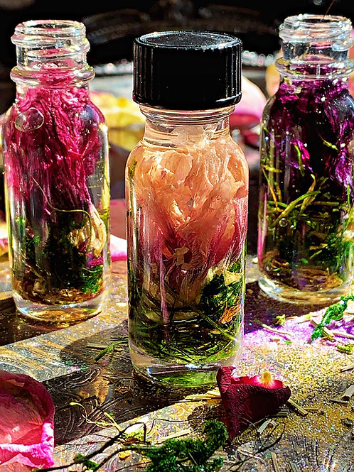 Venus Fly Trap Oil-  Locking Down A Lover or Someone You Have Your Eye on Hoodoo, Voodoo, Wiccan, Pagan, Santeria, Brujeria