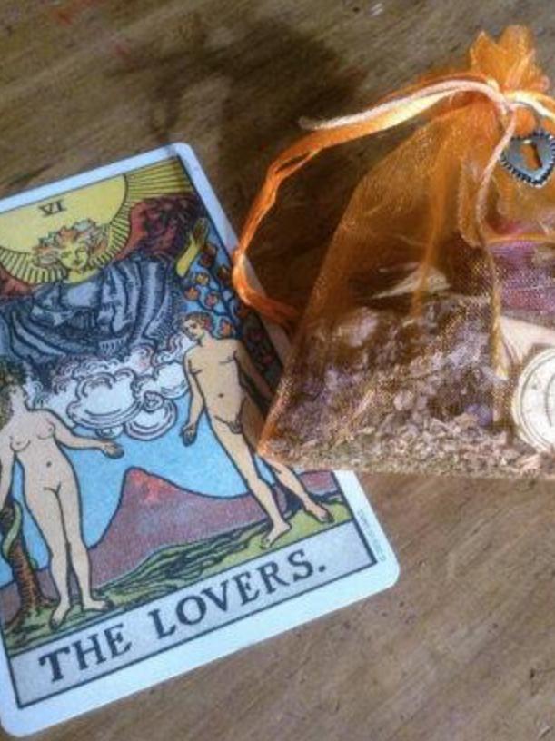 Sex Charm Bag- High Drawing Power, Sex, Enhance Relationships, Love, Lust |  theconjuredsaint