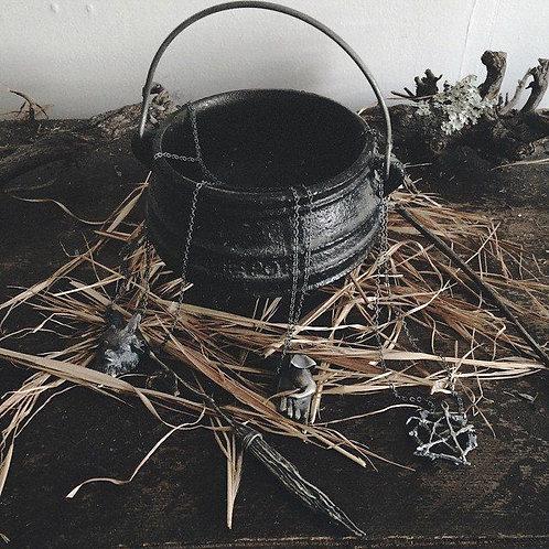 Small Ribbed Cast Iron Cauldron- Abundance, Magic, Manifestation, Goddess