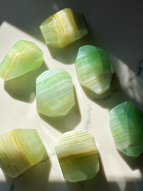 Natural Green Calcite-Brings Prosperity to the Household, Cleansing, Detoxifies