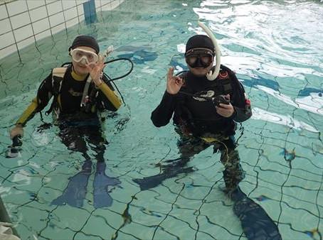 プールにてスキンダイビング&体験ダイビング!!