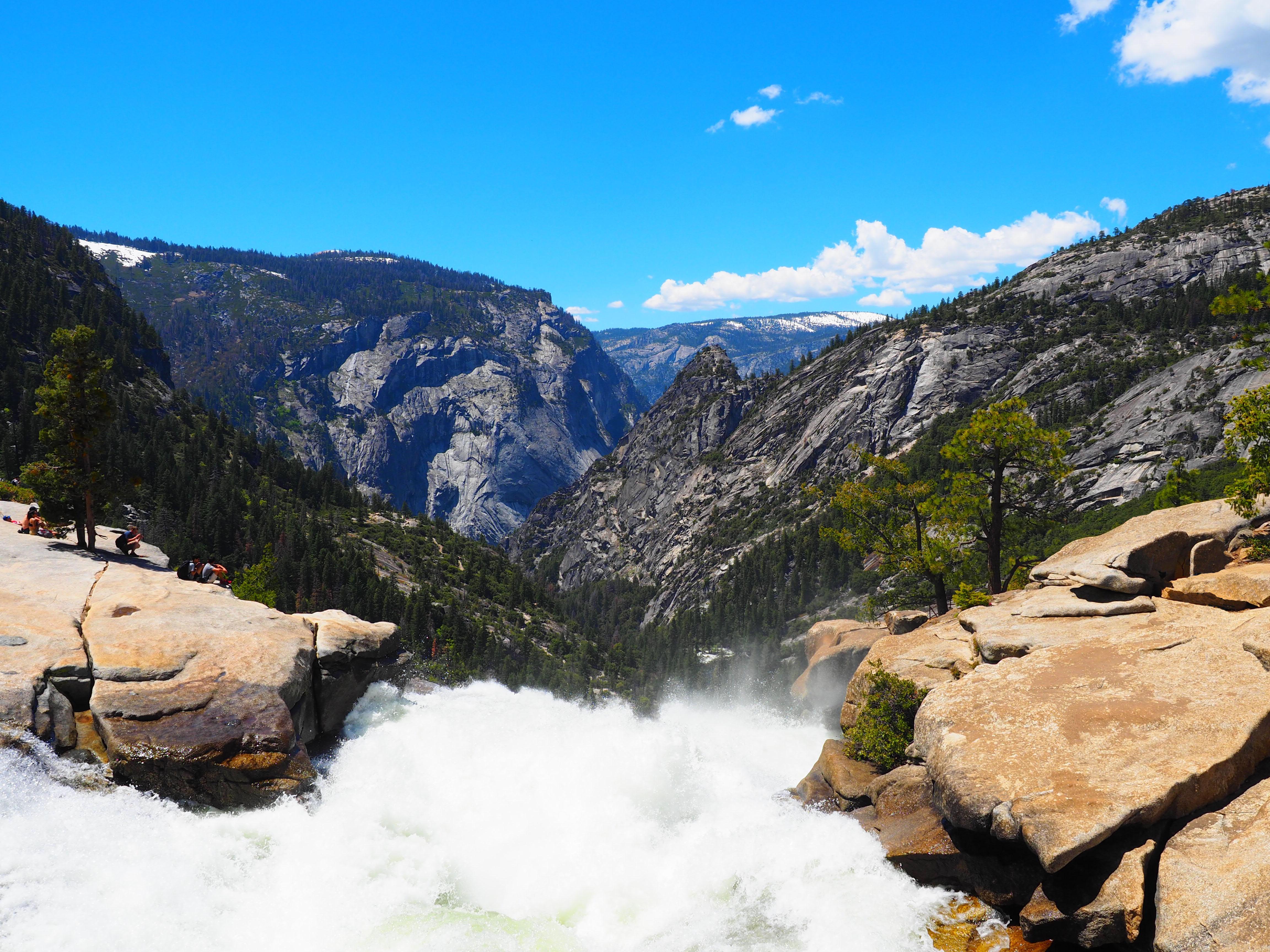 Josemite NP waterfall view