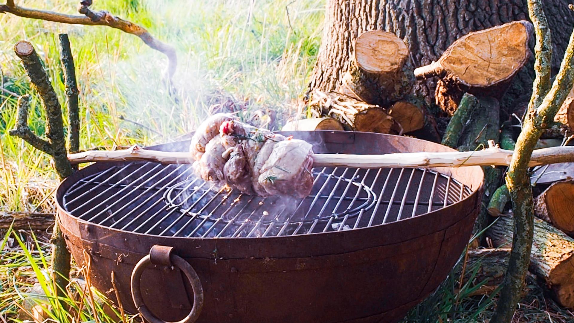 roasting%20lamb%20.JPG