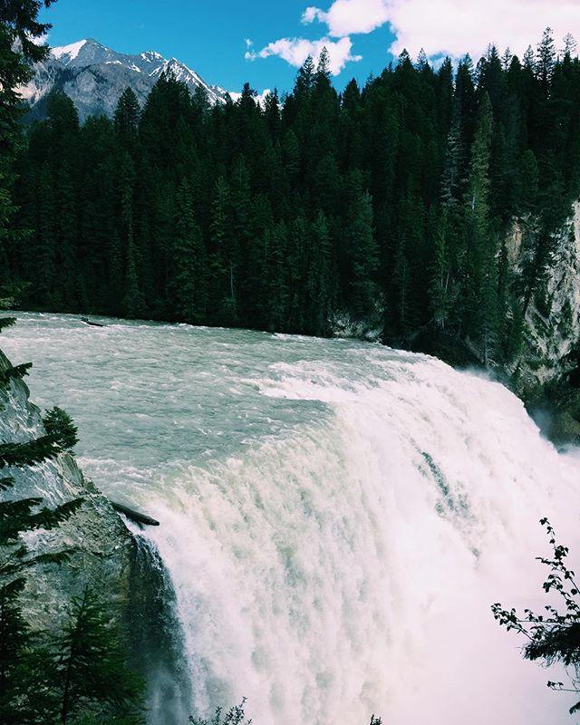 Never ending waterfalls #canada #kicking