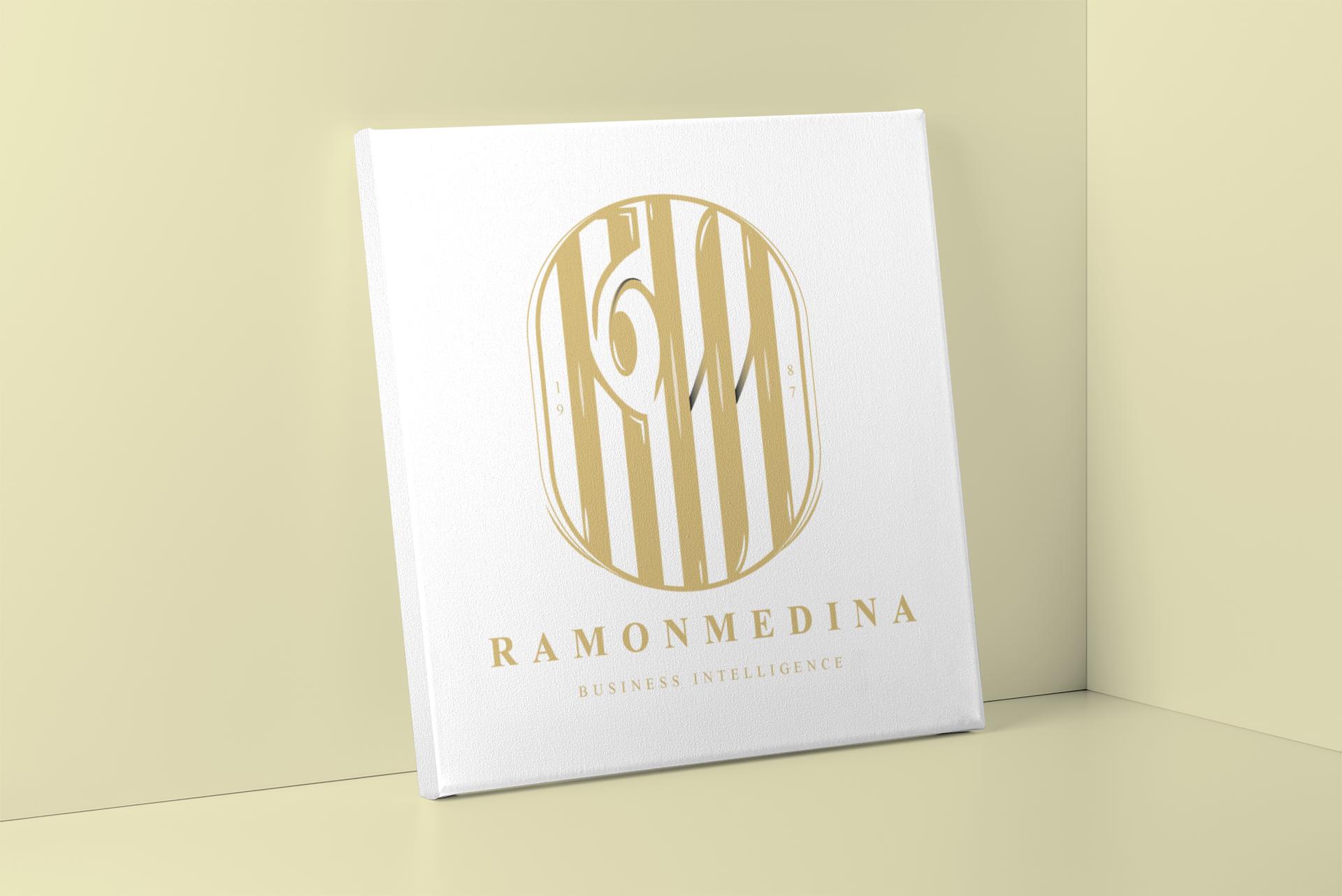 Logotipo - Ramon Medina.
