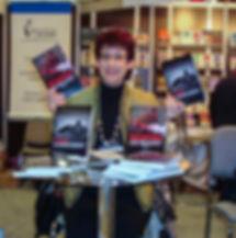 Lyne Dion auteure de romans policiers aux Éditions Café-Crime