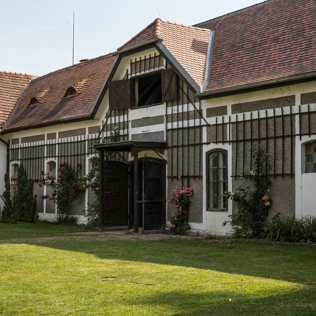 Schweizerhof Baeume pflanzen2