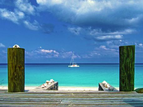 Sailing Bimini