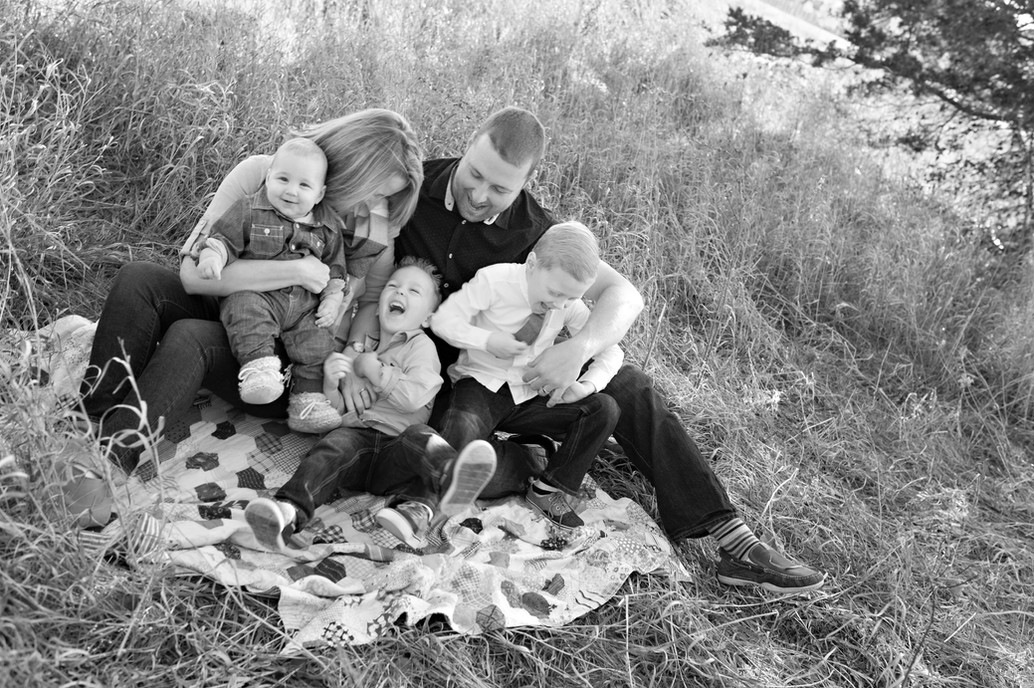 family golden hour outdoor fall black and white