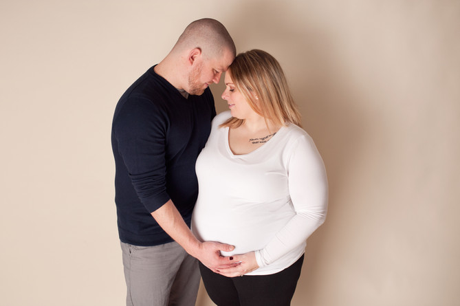 maternity in studio expecting family