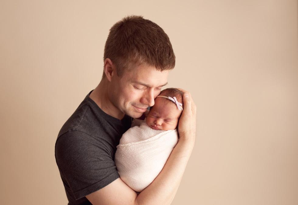 dad newborn
